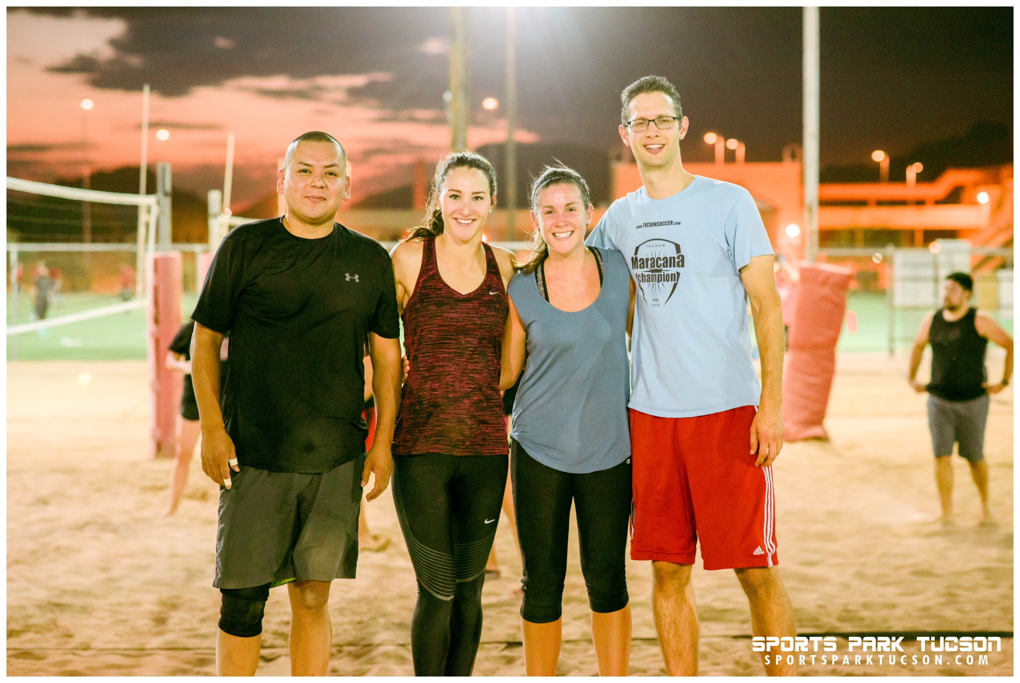 Volleyball Mon Co-ed 4 v 4 - Gold, Team: Notorious D.I.G.