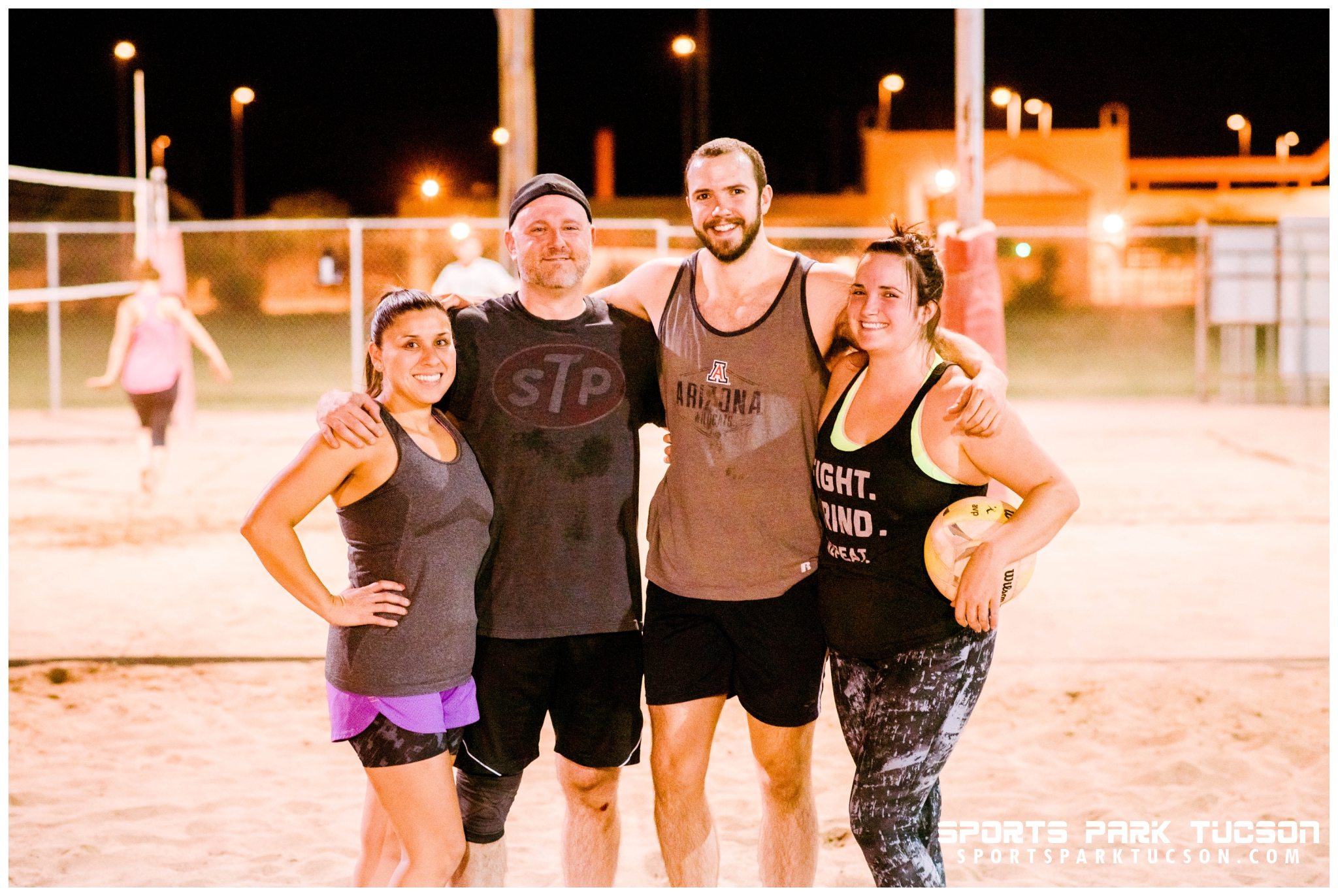 Volleyball Wed Co-ed 4 v 4 - Gold, Team: The Volley Llamas