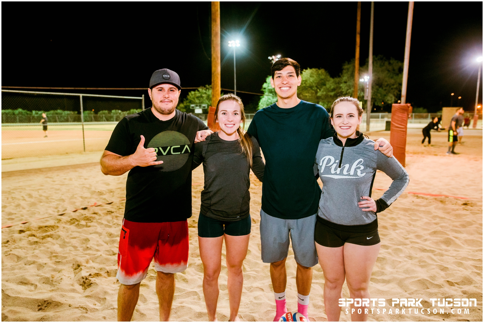 Volleyball Wed Co-ed 4 v 4 - Gold, Team: Fourgasm