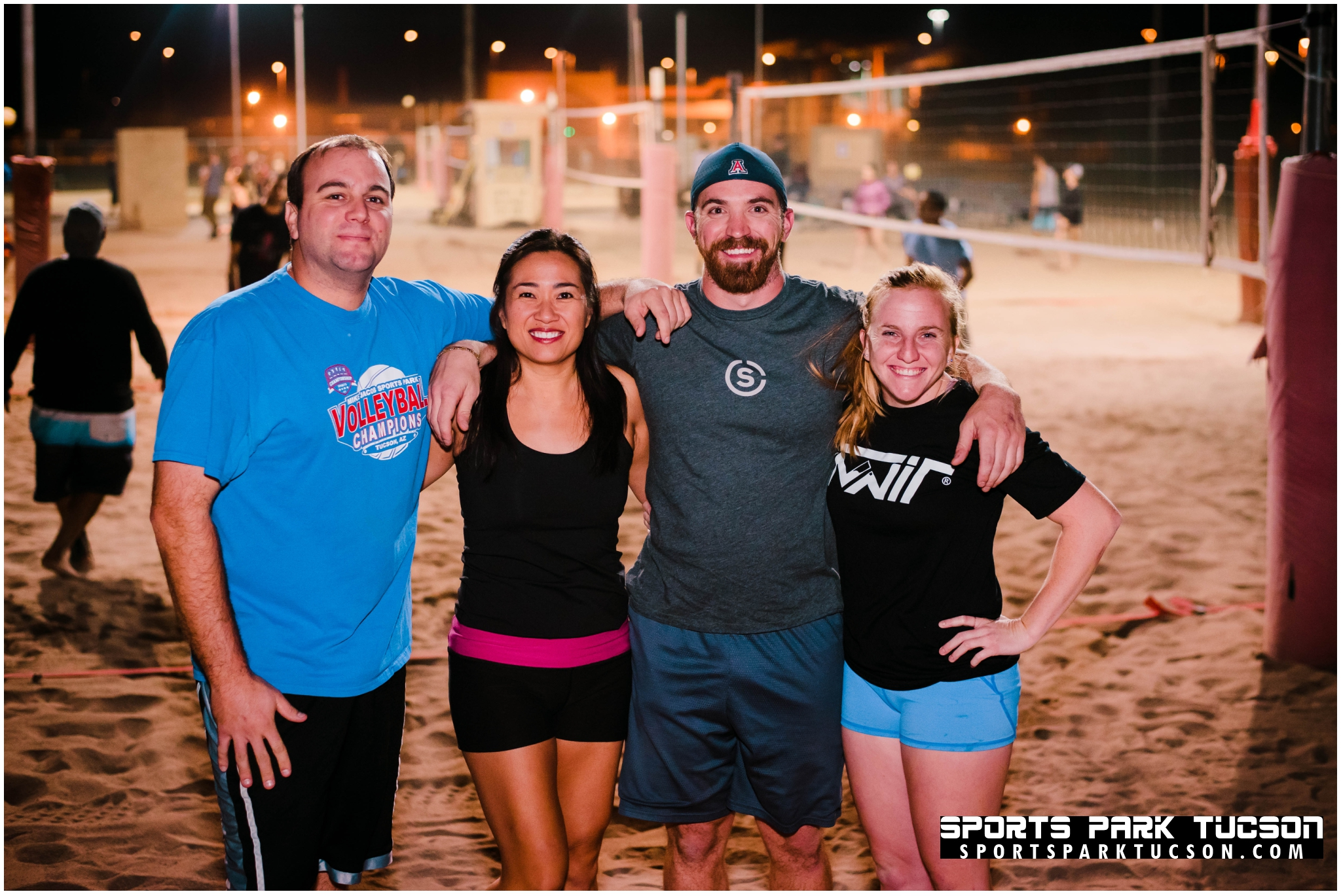 Volleyball Wed Co-ed 4 v 4 - Gold, Team: Casual Sets