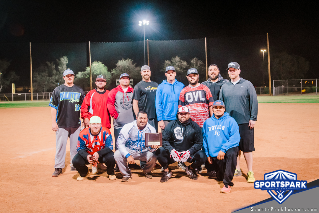 Softball Sun Men's 10v10 - D, Team: Vallee Gold Team