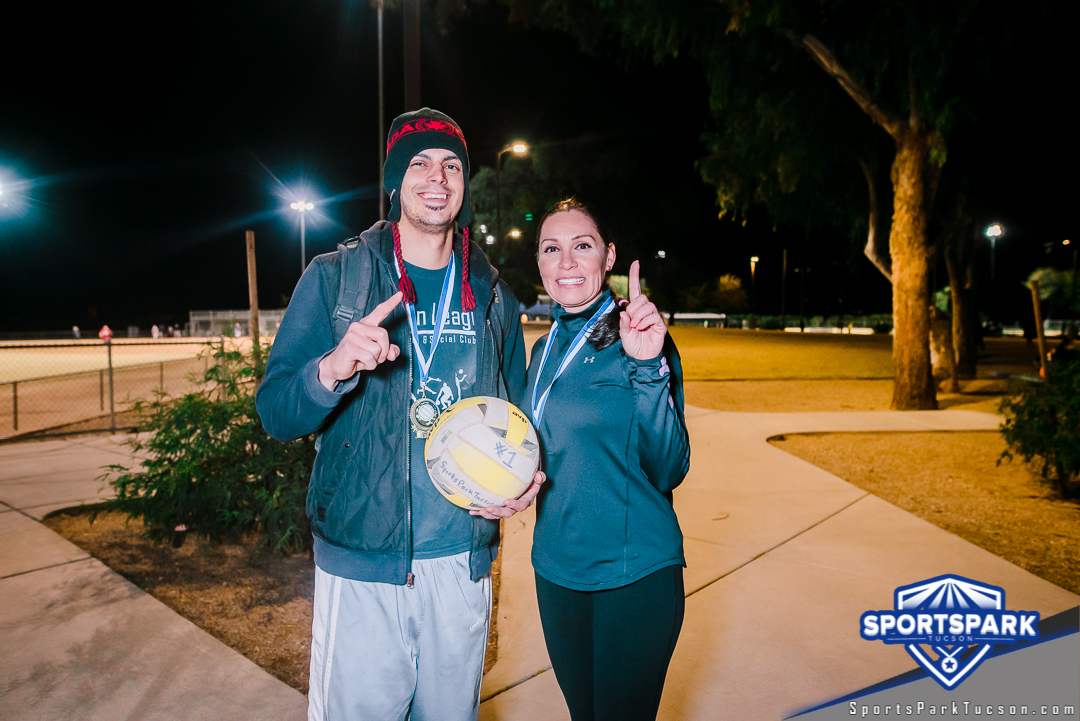 Volleyball Sun Co-ed 2v2 - A/B Champions