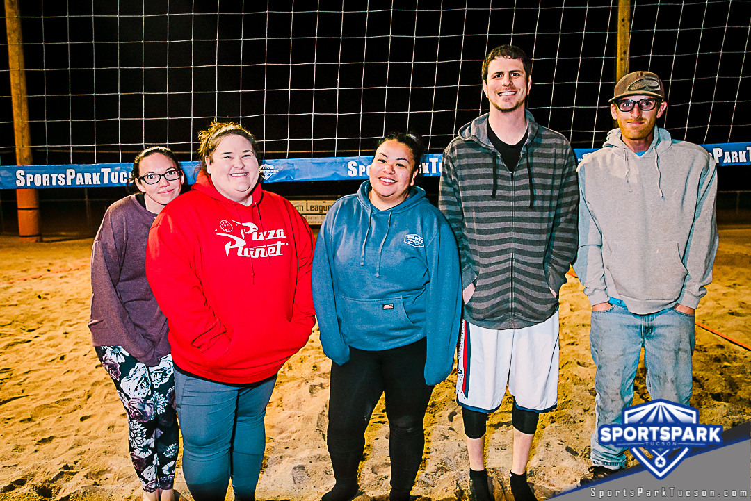 Volleyball Wed Co-ed 4v4 - C, Team: One Hit Wonders