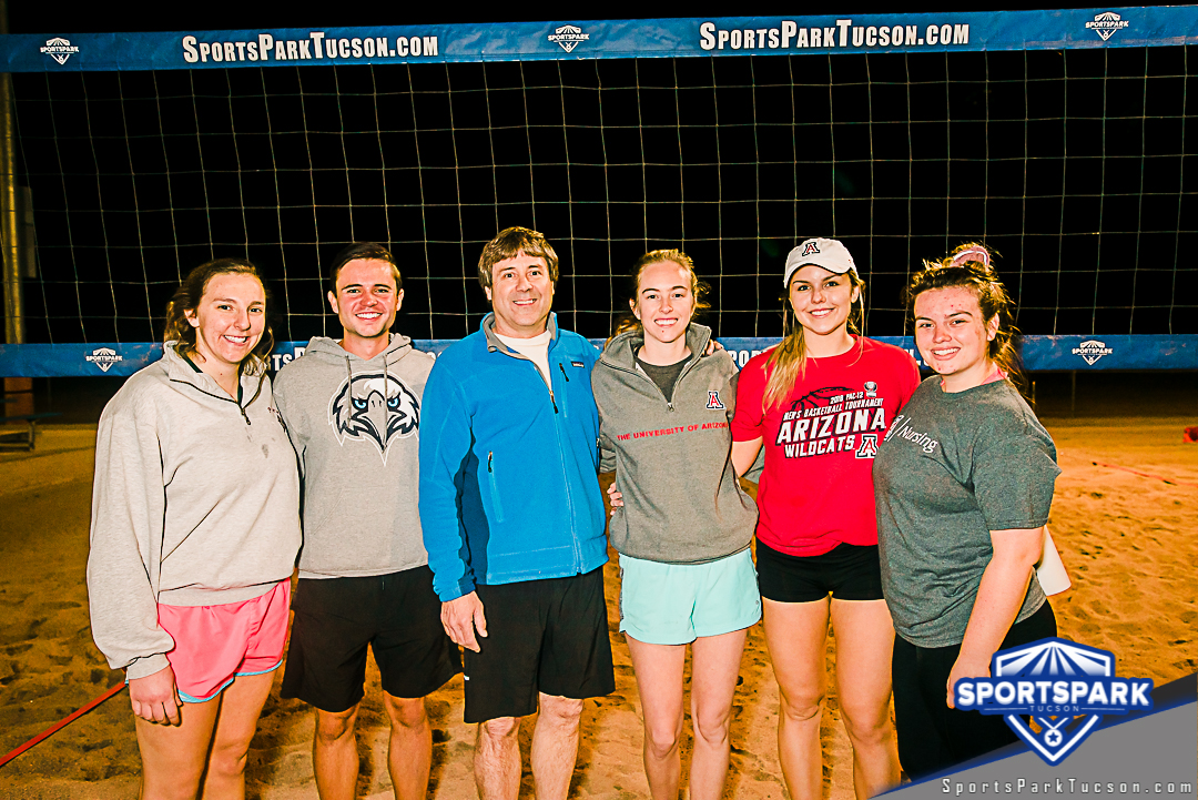 Volleyball Wed Co-ed 4v4 - C, Team: We Showed Up