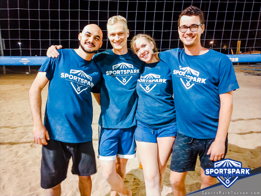 Volleyball Mon Co-ed Lite 4v4 - Mix, Team: Jersey Turn-Spikes