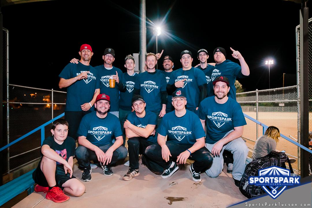 Softball Fri Men's 10v10 - E/Rec, Team: Here For The Beer