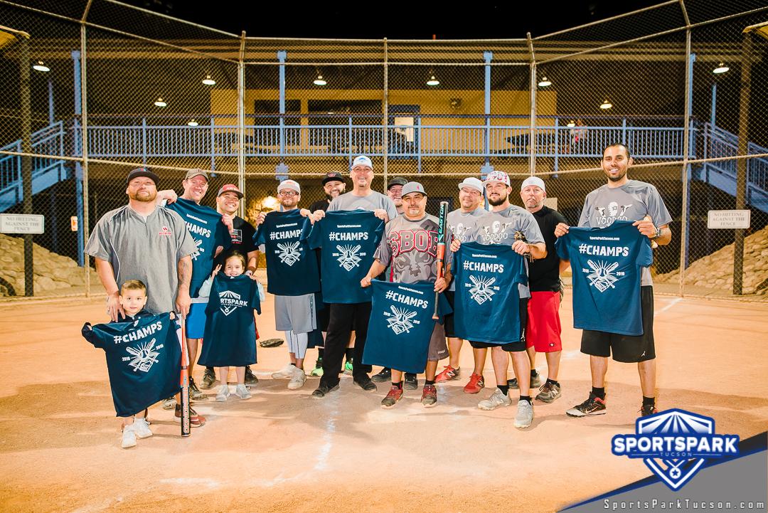 Softball Thu Men's 10v10 - 35+, Team: Roof Masters