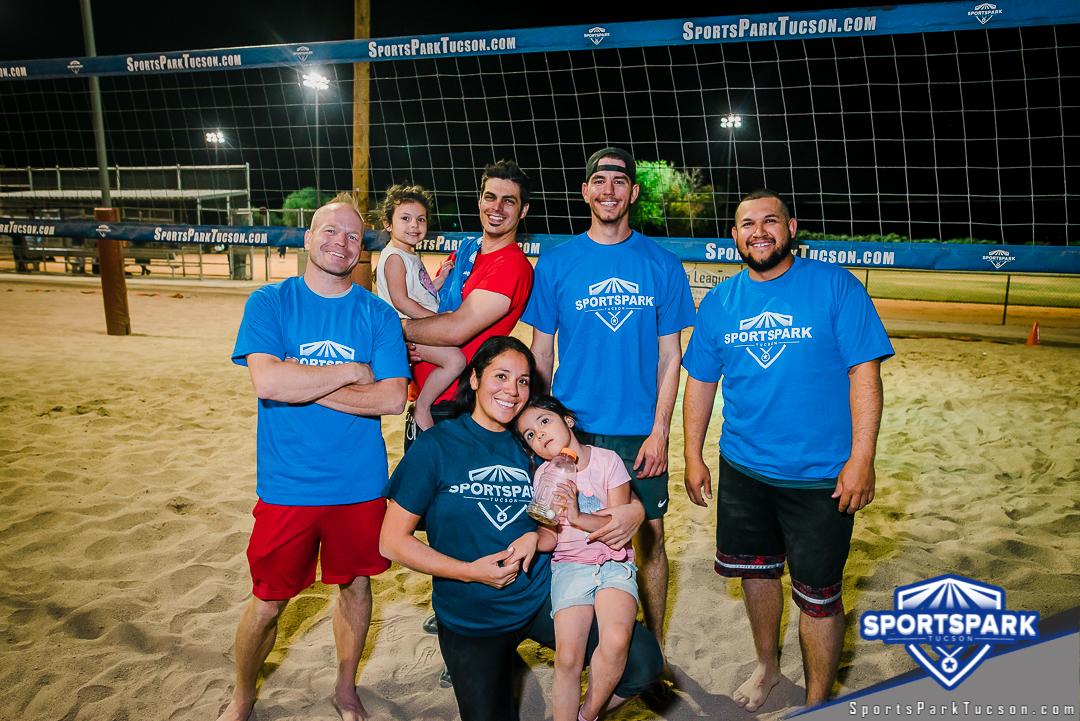 Volleyball Mon Co-ed Lite 4v4 - A/B Champions