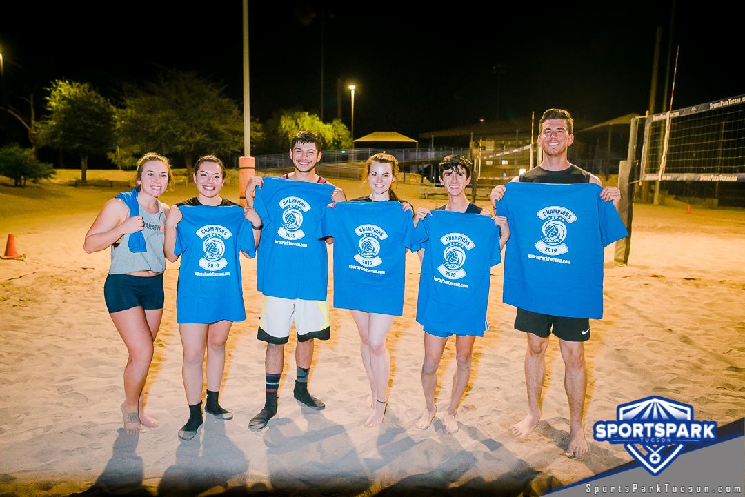 Volleyball Fri Co-ed 6v6 - A/B, Team: Swing Beach!
