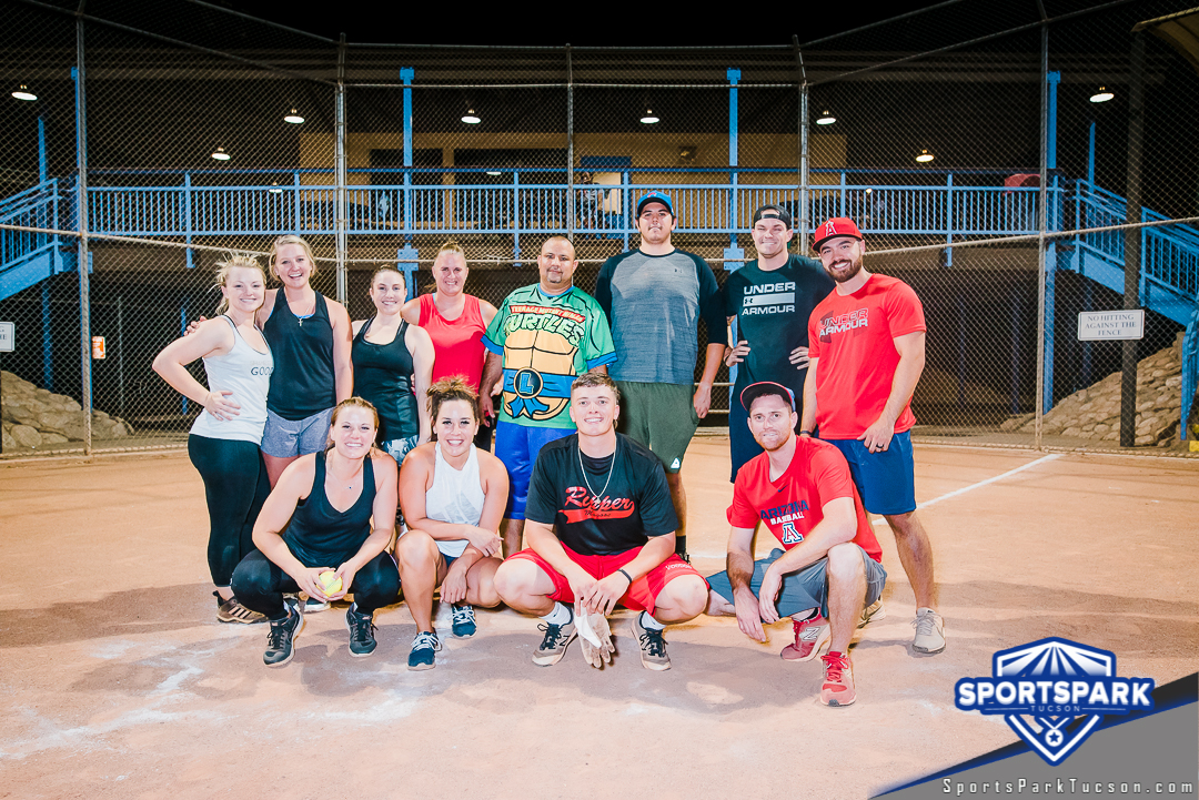 Softball Mon Co-ed 10v10 - D Champions