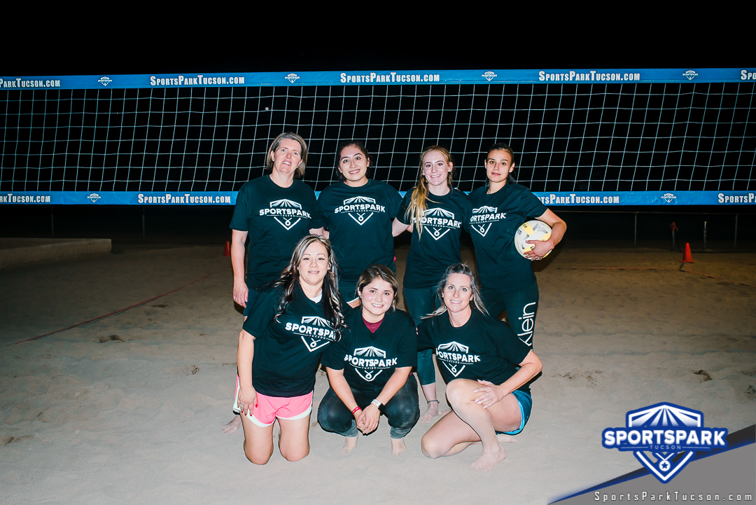 Volleyball Thu Women's 6v6 - C, Team: Down and dirty