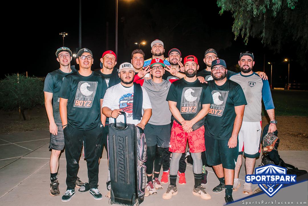 Softball Sun Men's 10v10 - E/Rec, Team: Valley Boyz