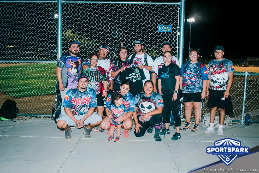 Softball Sun Co-ed 10v10 - D, Team: Wicked swing