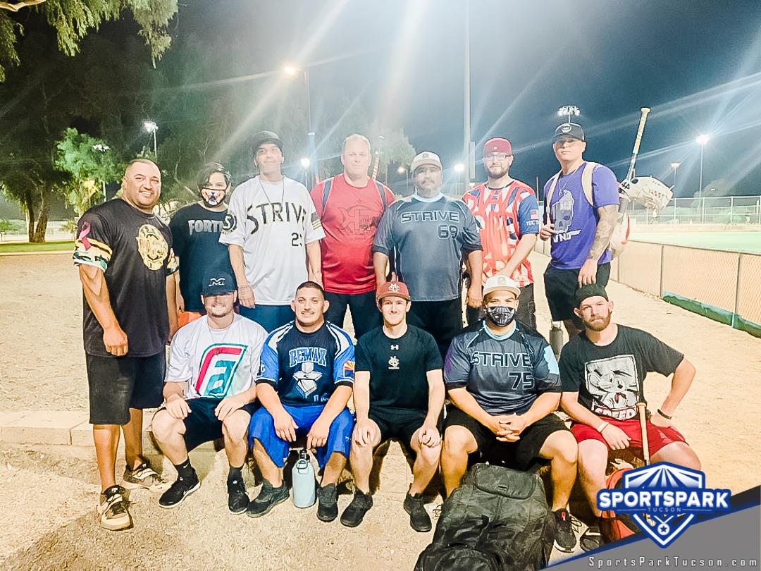 Softball Fri Men's 10v10 - D Champions