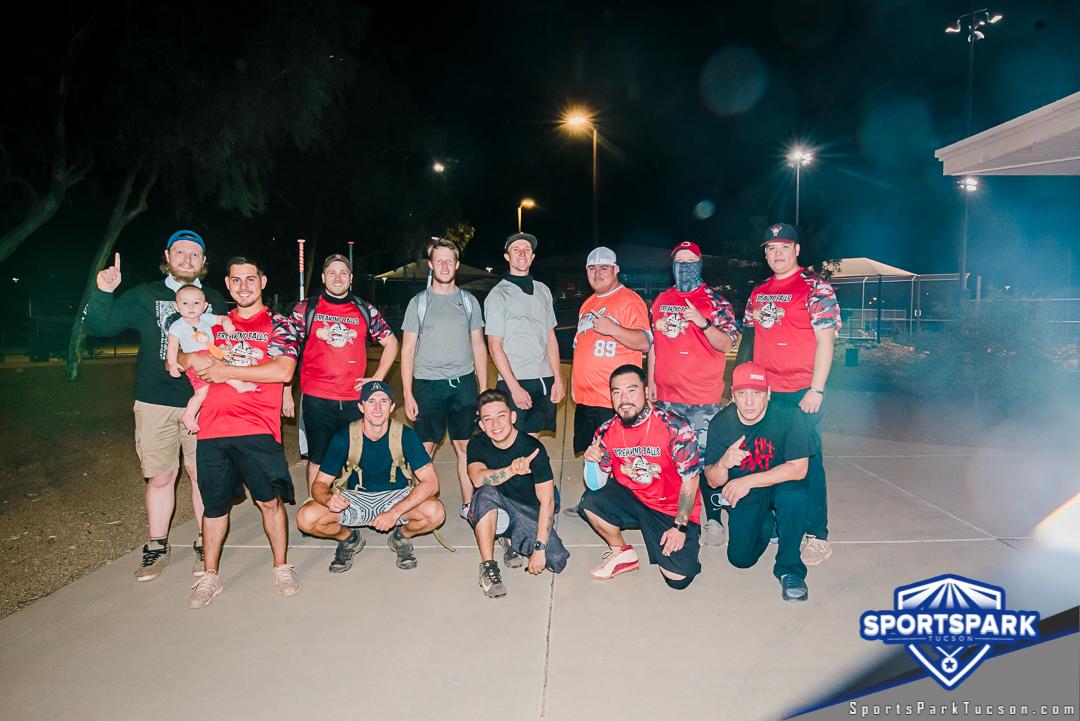 Softball Fri Men's 10v10 - E2 Champions