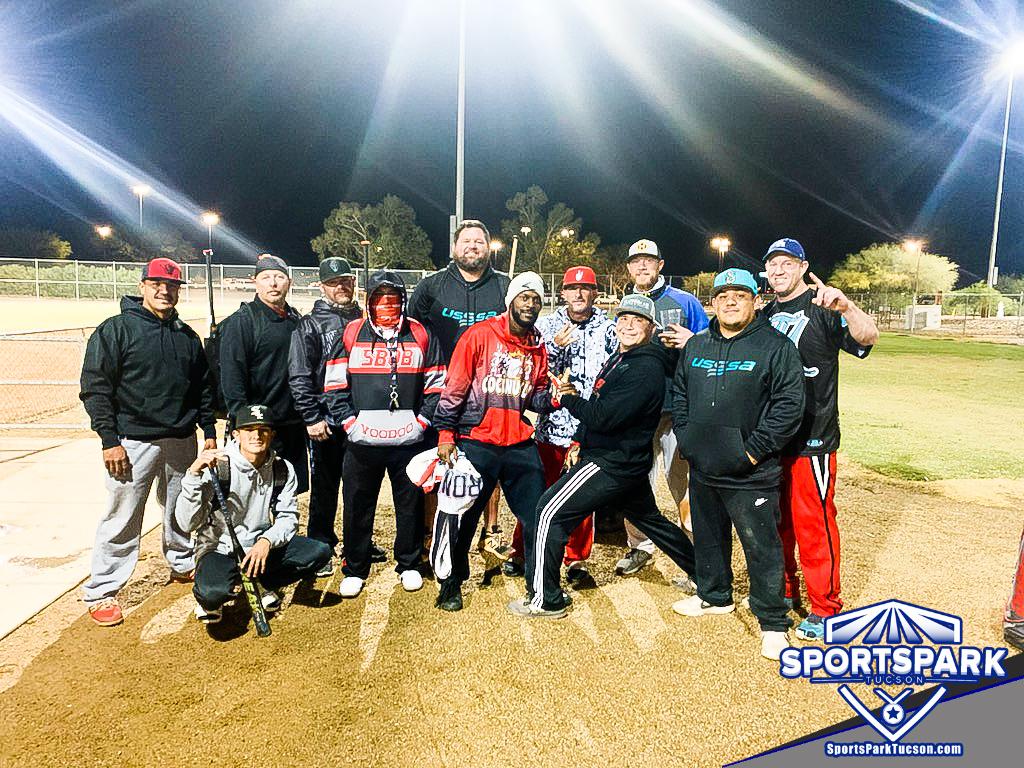 Softball Mon Men's 10v10 - D, Team: Smash