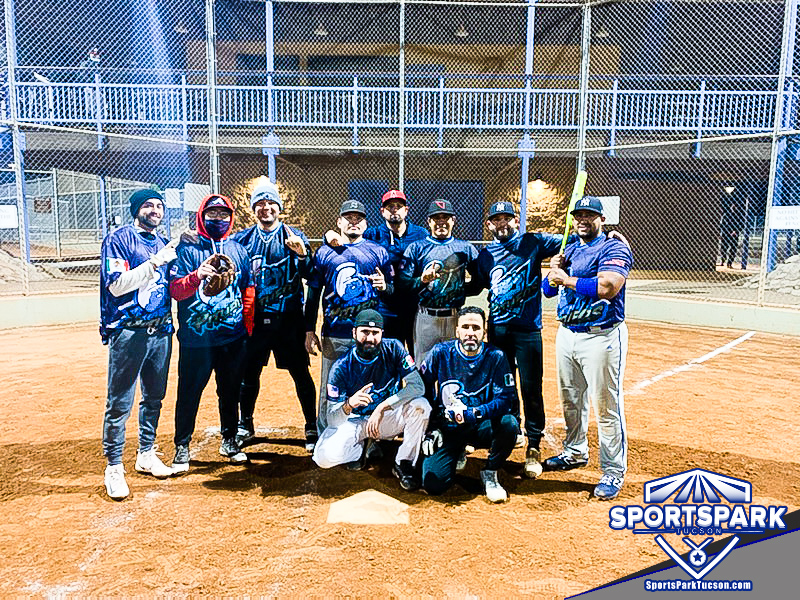 Softball Mon Men's 10v10 - E, Team: PITUFOS