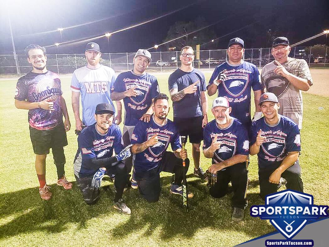 Softball Fri Men's 10v10 - E Champions
