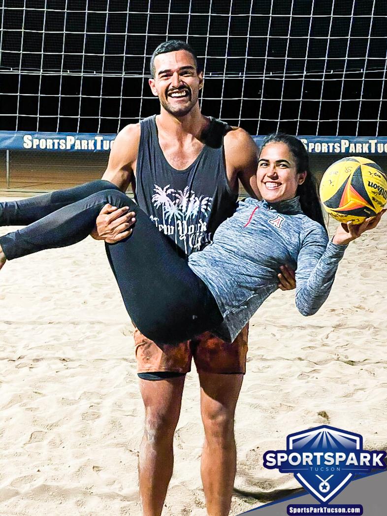 Volleyball Sun Co-ed 2v2 - A/B Champions